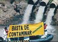 Protesta contra vertidos contaminantes
